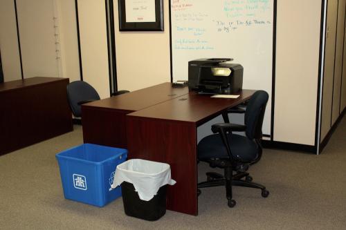 Rent a Desk.